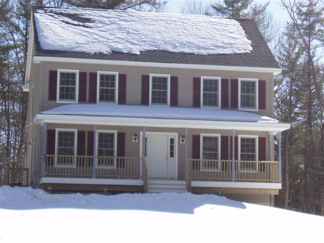 3 Bedroom Colonial With Farmer's Porch
